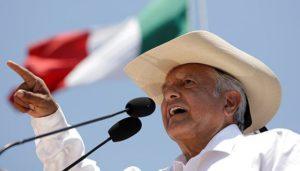 1807-Obrador met hoe