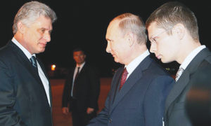 1804-Poetin in Cuba-2014